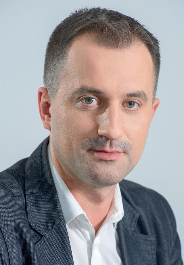 3_PW_01-Piotr Sędziak