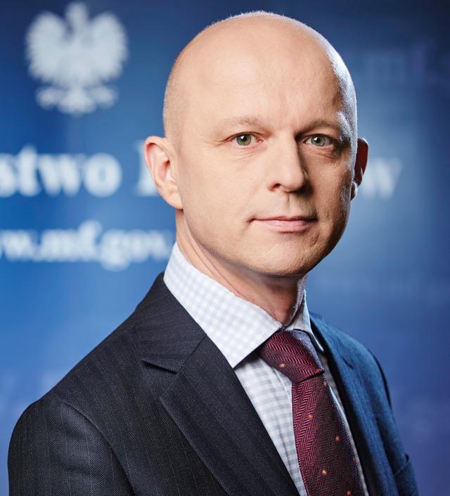 Minister w banku